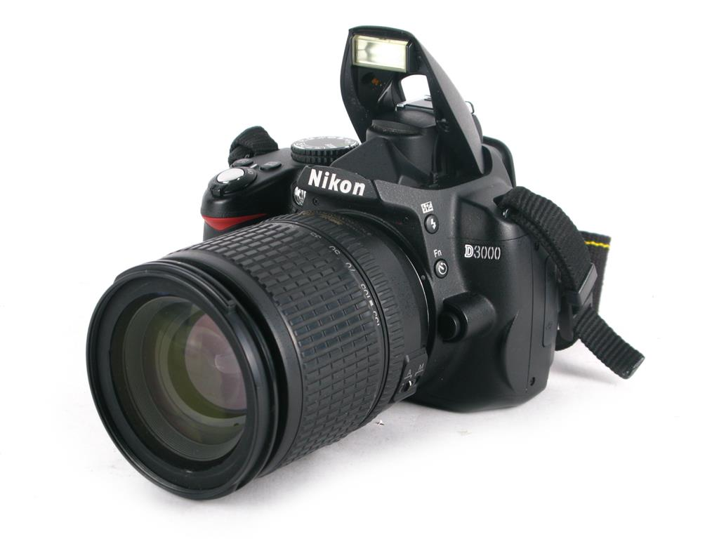 e4191495011f CAMARA REFLEX NIKON D3000
